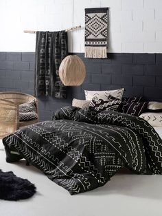 LINEN HOUSE- BAMBARA QUILT COVERS- AFRICAN MUD CLOTH- BLACK/ IVORY DESIGN- TRIBAL PATTERN