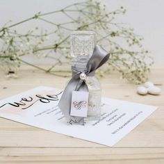 Place Cards, Place Card Holders, Gifts, Wedding Ideas, Craft, Napkins, Presents, Favors, Gift