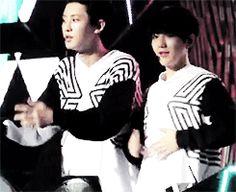 chanyeol and baekhyun's tummy drum. It's like a soul of a child trapped inside a man's << chanyeol is so happy about it baekyeol EXO Baekyeol, Chanbaek, Baekhyun Chanyeol, Exo K, Tvxq, Btob, Xiuchen, Exo Ot12, Exo Members