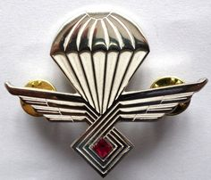 CROATIA  ARMY  HV   Air Force parachuting - parachut badge  http://www.ebay.com/itm/CROATIA-ARMY-HV-Air-Force-parachuting-parachut-badge-/161344028295?pt=LH_DefaultDomain_0&hash=item2590da7e87