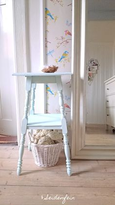 Seidenfein: Make it yours ! Mit Kreidefarben mühelos aufgehübscht ! * DIY * Paint it with chalk paints effortlessly ! Mini Bad, Shabby, Reuse, Ladder Decor, Chair, Enchanted, Furniture, Dreams, Home Decor
