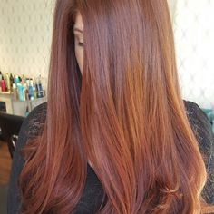 """Received so much love on my """"natural"""" red head I decided to share a front view ❤ . . . . . . #locksbymarianne #behindthechair #redhead #blowout #shine #modernsalon #wellahair #wellalife #longhair"""