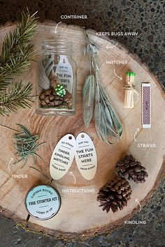 Fire Starter Kit {Tutorial} Found at: evermine DIY Fire Starter Kit. Wonderful gift for campers! Homemade Fire Starters, Pinecone Fire Starters, Camping Fire Starters, Sawdust Fire Starters, Kit Diy, Diy Simple, Pine Cone Crafts, Diy Wedding Favors, Party Favors