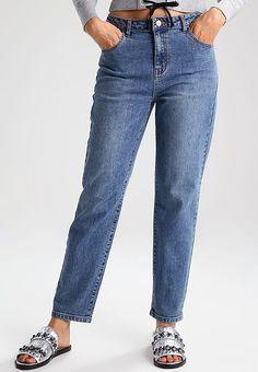 bc25e7e4102f Köp Noisy May NMLIV - Jeans relaxed fit - medium blue denim för 399,00
