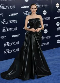 Angelina Jolie - 'Maleficent' Premieres in Hollywood