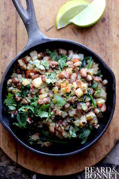 Potato, Pepper, and Pinto Hash {Beard and Bonnet} #glutenfree #vegan option