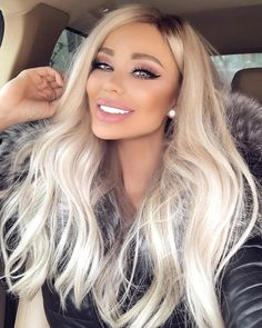 Shop our online store for blonde hair wigs for Fashion Ombre Blonde Wigs Blonde Wig From Our Wigs Shops,Buy The Wig Now With Big Discount. Blonde Brown Hair Color, Beauté Blonde, Platinum Blonde Hair, Blonde Fringe, Big Blonde Hair, Blonde Pixie, Blonde Balayage, Frontal Hairstyles, Wig Hairstyles