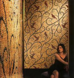 A SICIS, világhírét művészi mozaik motívumaival alapozta meg.