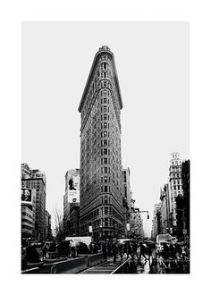 Flatiron Streets Poster in the group Studio Collections / Studio Cosmopolitan / New York at Desenio AB New York Poster, Cosmopolitan, Brooklyn Bridge, Edificio Flatiron, Malta, Manhattan, Buy Posters Online, Art Online, Times Square