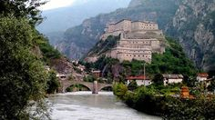 Forte di Bard sulla Dora Baltea - Val D'Aosta