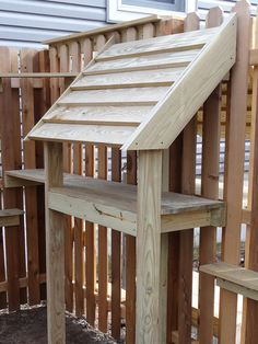 Cat Care Tips feral cat feeding stations and steps so they can get in and out of the backyard