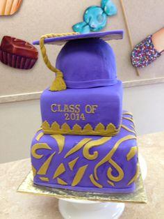 Graduation Cakes Cupcakes Cookies #livaysweetshop #sweetshop #goodies #bakery #barkeynj #livaygoodies #cupcakes #cakesnj #cupcakesnj #cakepops #customcakes #fondantcakes #fondant #cakes #chocolates #plainfieldnj #icecreamshop #candybuffet   #candytable #candybar #gumballnecklaces