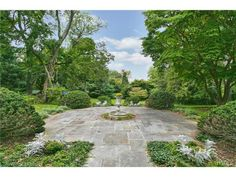 Stunning garden! 9 Hancock Place - Irvington, NY