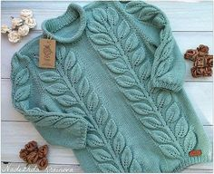"""crochetnfrog: """"Sweatheart ripple afghan I made for my niece - she had a baby girl on I made the elephant out of the left over yarn… Pattern:. Knitting Paterns, Knitting Stitches, Baby Knitting, Vintage Crochet Patterns, Knit Patterns, Fall Fashion Outfits, Knit Fashion, Crochet Coat, Baby Sweaters"""