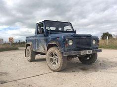 Grubby truck #defender #defender90 #landrover #offroad #mud