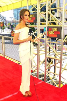 LOUISE ROE MTV VIDEO MUSIC AWARDS