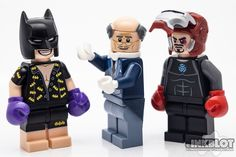 https://flic.kr/p/RDVDG7 | Lego365 | Billionaire Brothers Fight Club. Batman wins again Lego 365 (Year 5) #lego #lego365 Get high quality prints of these photos from www.inkblot.photo To see more Lego photos check out: www.inkblot.photo ift.tt/18VE8Lf ift.tt/1dy1uWr @harleyquin on Instagram @InkBlotPhoto on Twitter ift.tt/1vv6acw #toyphotography #minifig #macro #afol #toycrewbuddies #CanonNZ @canon.nz #canon5dmkiv #5dmkiv #legoart #toy_alliance #aucklandcameracentre #toyhumor #brickcentral…