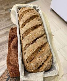 Sokmagvas-hagymás kenyér Bread, Food, Brot, Essen, Baking, Meals, Breads, Buns, Yemek