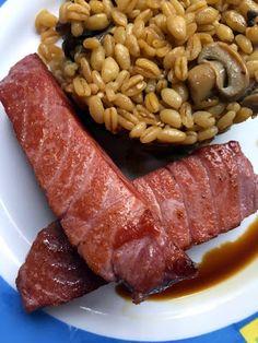 Guille's: Trigo tierno con setas y tacos de atún rojo.