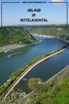Du hast Lust auf Natur Aussichten und Burgen? Dann ist ein Urlaub im Mittelrheintal genau das Richtige. Es gibt unzählige Burgen entlang des Rheins zu entdecken oder wie wäre es mit einer Wanderung auf dem Rheinsteig?