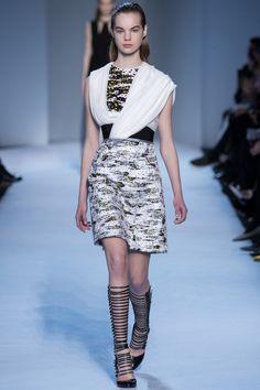 Giambattista Valli - Fall 2016 Ready-to-Wear