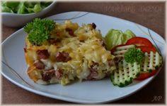 Šunkofleky Czech Recipes, Ethnic Recipes, Baked Potato, Czech Food, Goodies, Potatoes, Eggs, Pasta, Baking