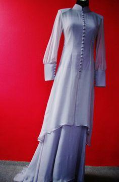 Modern Kurung Abaya Fashion, Muslim Fashion, Modest Fashion, Indian Fashion, Fashion Dresses, Hijab Fashionista, Muslim Dress, Batik Dress, Only Fashion