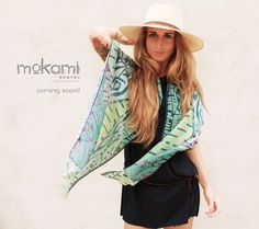 Enjoy the summer!  #lovelysecondskin #women #foulard // 100% #silk // #giftsforher #Wearable-#Art #scarf by #mokami on #Etsy