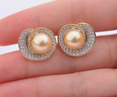 Great-looking pearl earrings in varied-designs: including silver or gold pearl earrings with quality black Tahitian, white akoya, luxury south sea and freshwater pearls. Pearl Earrings Wedding, Bridal Earrings, Pearl Jewelry, Gemstone Jewelry, Jewelery, White Gold Diamond Earrings, Diamond Heart, Diamond Tops, Noblesse