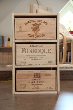 Schubladenschrank aus Weinkisten / Cupboard made from wine crates / Upcycling