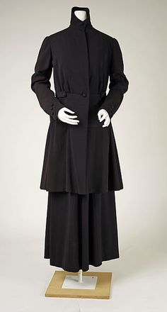 Suit Date: ca. 1915 Culture: probably French Medium: wool Accession Number: C.I.40.90.7a, b