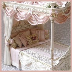 BEDSPREADS & CUSHIONS - SIMPLY SILK MINIATURES
