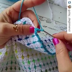 Depois que Comecei a Fazer Crochê Minha Renda Triplicou! Crochet Block Stitch, Crochet Waffle Stitch, Crochet Blocks, Crochet Yarn, Crochet Stitches, Free Crochet, Crotchet Patterns, Granny Square Crochet Pattern, Crochet Blanket Patterns