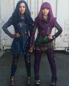 New photo of Evie & Mal. #Descendants2