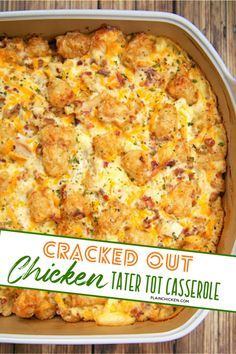Cracked Out Chicken Tater Tot Casserole – You must make this ASAP! It is crazy good. Chicken, cheddar, bacon, ranch, and tater tots. You can make it ahead of time and refrigerate it or even freeze it Tater Tot Casserole, Hamburger Casserole, Tater Tot Bake, Food Dishes, Main Dishes, Queso Cheddar, Easy Casserole Recipes, Tater Tot Recipes, Chicken Recipes