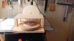 Lijadora casera de disco para taladro, sencilla, barata y facil de hacer con tres o cuatro materiales...aquel que no la tenga, le animo a que se haga una. sa...