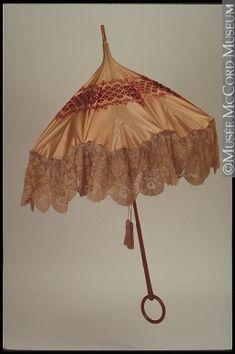Parasol 1880-1890 M963.2.2 © McCord Museum