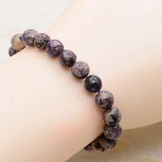Bracelet magnifique , naturel Charoitte Russie. : Bracelet par danastone