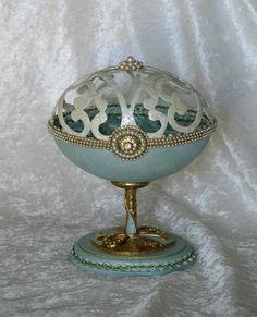 Rhea egg jewelry/trinket box with pearl accents and smocked lining