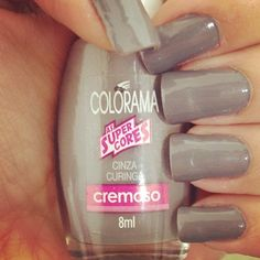 Cinza Curinga by L'Oreal Colorama. It dries so fast and smoothly
