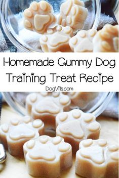 If you're looking for a unique reward to use in training sessions, you'll love our homemade gummy dog training treat recipe! Check it out! You will find interesting recipes for dog on my account. Chewy Dog Treats Recipe, Homade Dog Treats, Soft Dog Treats, Organic Dog Treats, Frozen Dog Treats, Gourmet Dog Treats, Homemade Dog Food, Dog Treat Recipes, Dog Food Recipes