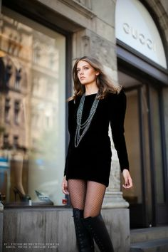 Black dress, boots and long necklaces :)