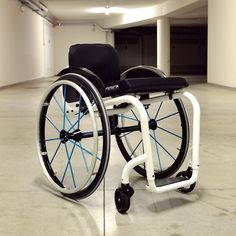 ARIA 1.0 | Essential mobility #aria1.0 #wheelchair #performance #design #lightness #magnesium #mobility #disability #paraplecig #quadriplegic #LifeRoolsOn #SpinalCordInjury>>> See it. Believe it. Do it. Watch thousands of spinal cord injury videos at SPINALpedia.com