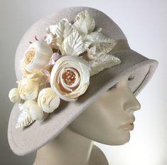ab4986a46df3a4 Items similar to Women Felt Hat, Women Felt Cloche Hat, Miss Fisher Hat,  Felt Winter Hat, Winter Felt Hat, Felt Cloche Hat, Vintage Style Hat, Flapper  Hat ...