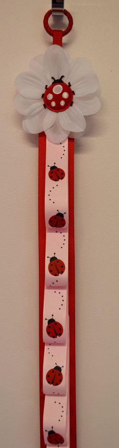Ladybug Ribbon Headband Holder by Funnygirldesigns on Etsy Ribbon Headbands, Ribbon Bows, Crafts For Kids, Arts And Crafts, Diy Crafts, Lady Bug, Ribbon Wall, Barrettes, Hairbows