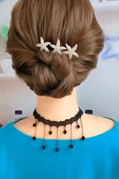 Hair Up Styles, Medium Hair Styles, Styles For Short Hair, Short Hair Hacks, Bun Hairstyles For Long Hair, Formal Hairstyles, Videos Of Hairstyles, Hair Updo Easy, Simple Hair Updos