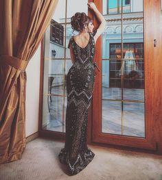Платье выполнено в камнях, облегает и шикарно демонстрирует вашу фигуру😘🔺Заказать можно по номеру 063-120-77-91🔺Померять: Балковская 130..Размер XS-S..#прокатплатьев #прокатплатьеводесса#арендаплатья #арендаплатьяодесса  #вечерниеплатьяодесса #вечерниеплатья  #manhattan_studio_rent #manhattan_studio_od_ua Gatsby Style, Princess Dresses, Manhattan, Backless, Photoshoot, Urban, Studio, Formal Dresses, Fashion
