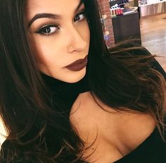 i love dark makeup, yum