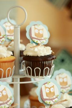 @Christine Smythe Bell,what do you think with better colors?/  and your cuppity cakes of course!