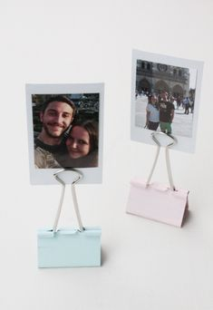 Gift idea: tinker Polaroid photo holder - Rosy & Geschenkidee: Polaroid Fotohalter basteln – Rosy & Grey Make a gift idea for Polaroid photo holders 3 - Polaroid Instax Mini, Polaroid Collage, Polaroid Foto, Polaroid Display, Polaroids, Polaroid Wedding, Soap Wedding Favors, Pastel Designs, Polaroid Pictures